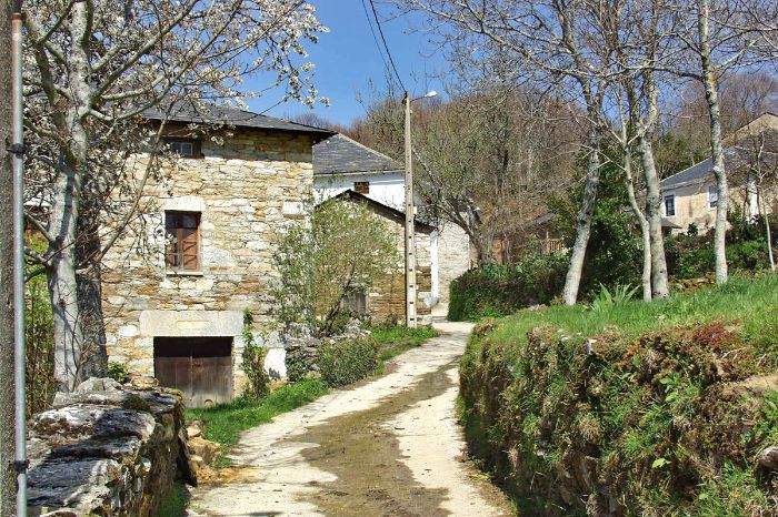 hike and pilgrimage trough villages