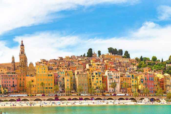 City worth seeing Menton on the hiking trip on the Côte d'Azur