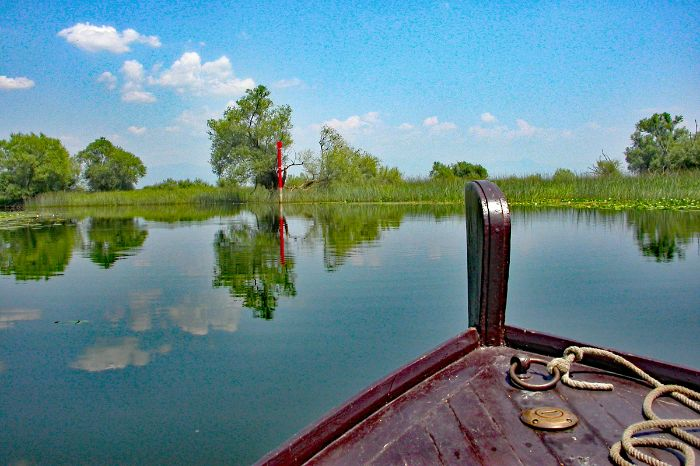 Hiking highlight boat trip on lake Skadar