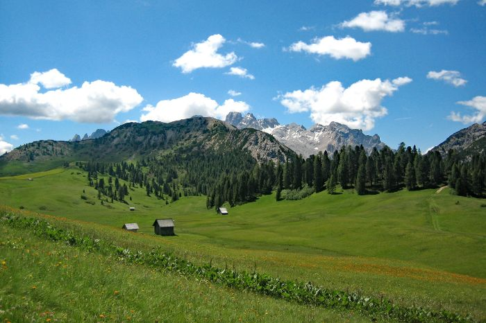 Dolomites nature park walking tour