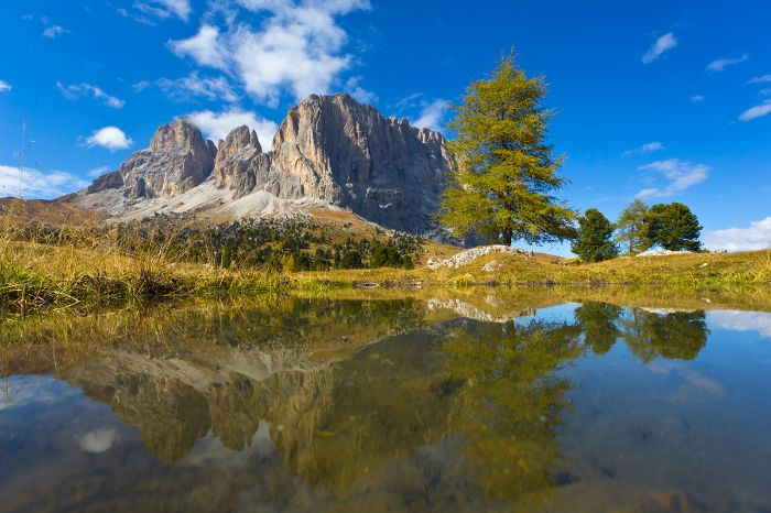 Mountain panorama at the mountain lake in the Dolomites