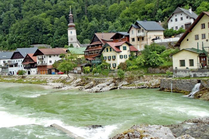 Hiking trails along river Traun at Bad Goisern
