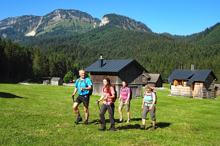 Individual hiking in the Ausseerland region at Blaa alp