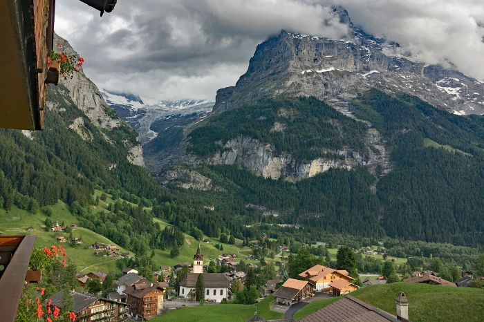 Gorgeous countryside in Grindelwald